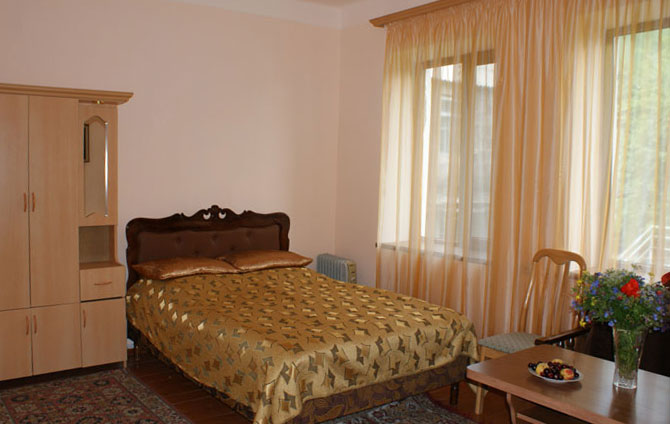 book a room in hotel Hankavan