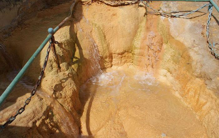 Hankavan spring healing water